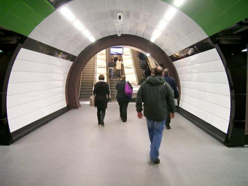 stonblend seamless flooring in metro station